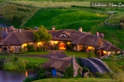 ZNAVA - NEW ZEALAND DUNEDIN RAILWAYS + HOBBITON STAR 11H 25 DEC 2016 // VIRGIN AUSTRALIA & GARUDA INDONESIA